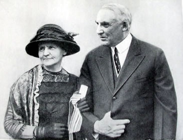 Marie Curie and President Harding